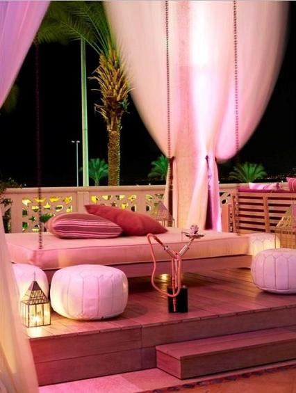 glamMoroccan Theme, Outdoor Bathrooms, Romantic Settings, Hookah Lounge, Home Interiors, Arabian Nights, Hookahs Lounges, Design Interiors, Outdoor Spaces