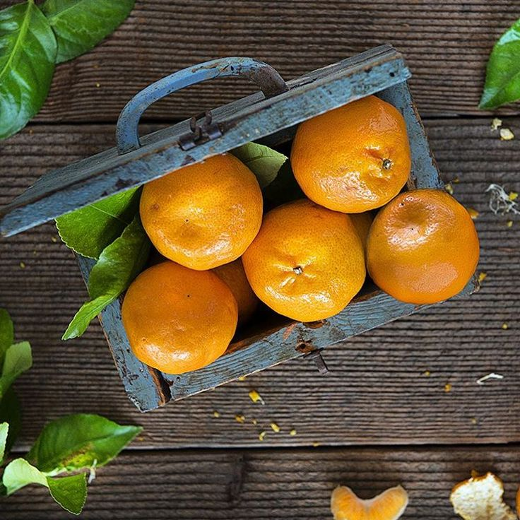 JUNE 2016 – Organic mandarins are in season now, and there's plenty more coming through in July. Give your Vitamin C levels a super boost this winter with the always popular Imperials or the bold flavoured Daisy.