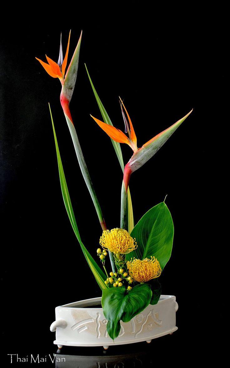 how to make ikebana flower arrangement