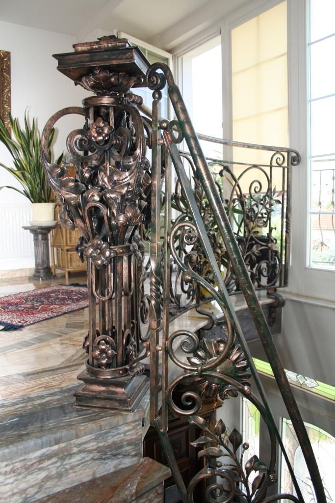 Kontakt | umelecké kováčstvo kované ploty kovové plastiky brány sochy fineart