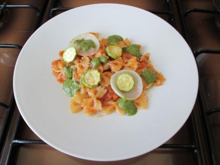 Gino D'Aquino  Farfalle al ragù di maiale  zucchine e pesto al basilico