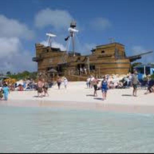 Captain Morgan bar @ Half Moon Cay, Bahamas