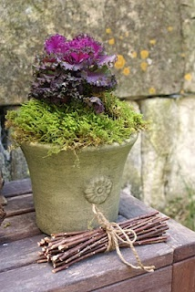 pot with personality: Cottages Gardens, Fall Planters, Gardens Design Ideas, Fall Pots, Sweet Potatoes Vines, Gardens Container, Container Plants, Natural Design,  Flowerpot