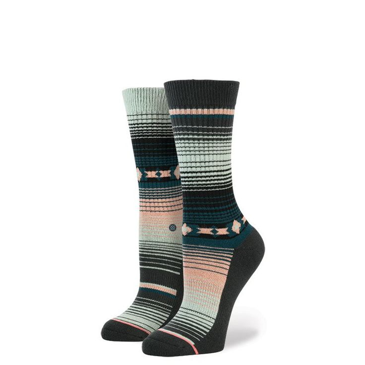 Don't match? Don't matter with Stance's Kodi, a serape-inspired sock that refuses to play by the rules. Crafted from premium combed cotton, this Classic Crew sock delivers a soft ride, while a reinfor