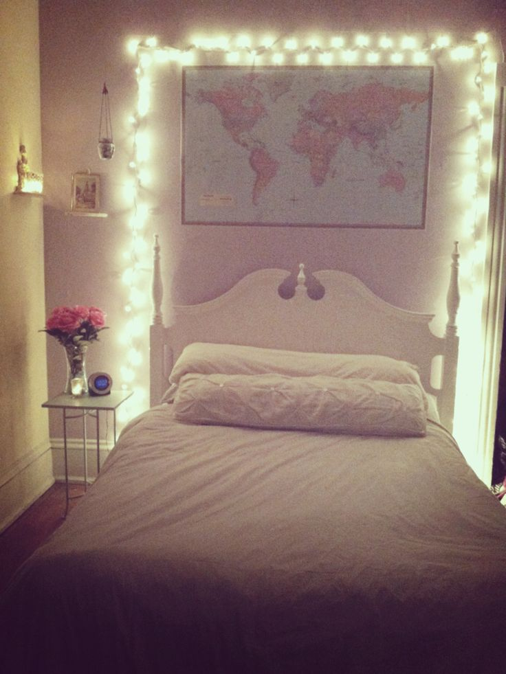 Bedroom christmas lights bedroom aesthetic bedroom for Bed decoration with net