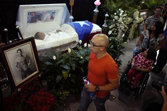 Casket Foxx Funeral Redd