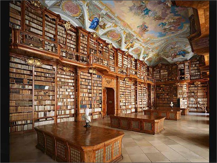 Anexo de la Biblioteca del Senado, París (Francia). ©Ahmet Ertug: Old Book, Beds, Dreams Rooms, Beautiful, Dreams House, Library, Ceilings, Blog, Austria
