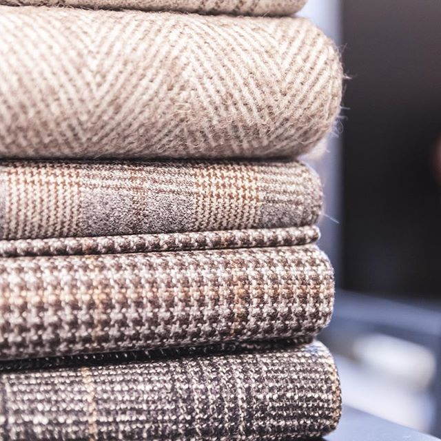 With the onset of winter, enjoy the warmth of this selection of fabrics for overcoating and jacketing from our AW2017 collection #naturalcolours #wool #vbcfabrics #grey #brown