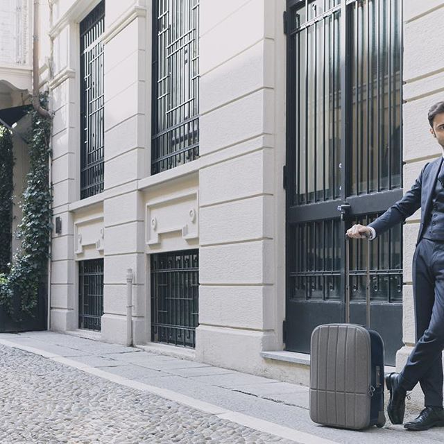 The classiest and easiest way to carry my suits around my trips.  Kame - Upright 55 by Nendo for @fpm_milano  Perfect Job! #fpm_milano #innovationmovesus Pic by Alessandro Esposito @aeseph #crescenziandco