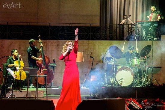 Νατάσσα Μποφίλιου, Θέμης Καραμουρατίδης & Γεράσιμος Ευαγγελάτος @ Βοτανικός Live Stage