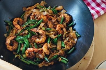 Lower-GI spicy stir-fried prawns with rice noodles...reduce the amount of rice noodles to lower the total amount of carbs