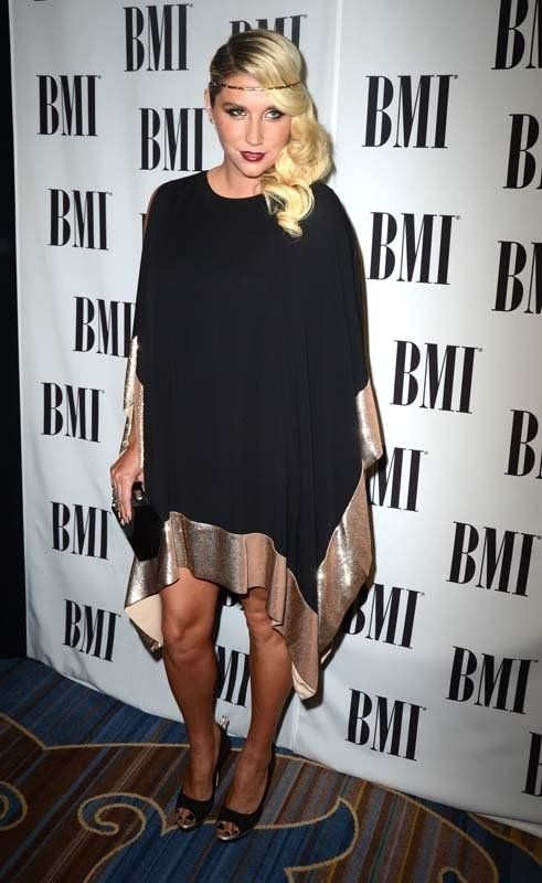 Kesha looks —wait for it– elegant?: Kesha Rose, Kesha Ke Ha, Simply Beautiful, Kesha Keha, Hair, Rose Sebert