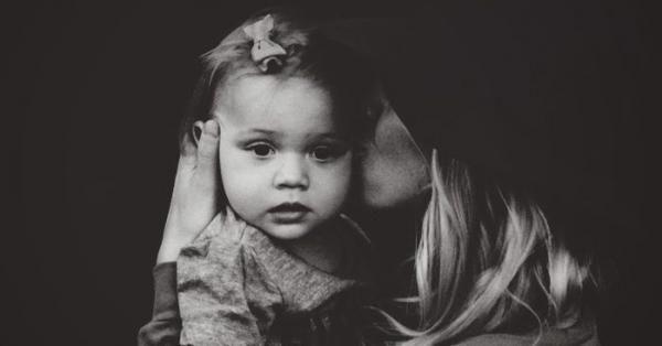 СИЛЬНАЯ СТАТЬЯ ПСИХОЛОГА О ТОМ, КАК СКЛАДЫВАЮТСЯ СУДЬБЫ ДЕТЕЙ, ЧЬИ РОДИТЕЛИ РЕШИЛИ, ЧТО БУДУТ ЖИТЬ ТОЛЬКО «РАДИ НИХ»Глубокая и эмоциональная статья-напоминание всем родителям от блогера и психолога...