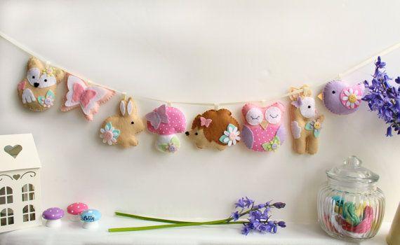 Make Your Own felt Pastel Woodland Garland Kit. Sewing pattern. DIY Craft. Sew Your Own. Craft kit.