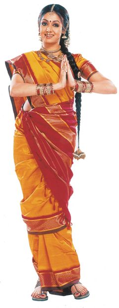 """Sridevi in the traditional 9-yard """"madisar"""" that Iyengar brides wear while tying the thaali."""