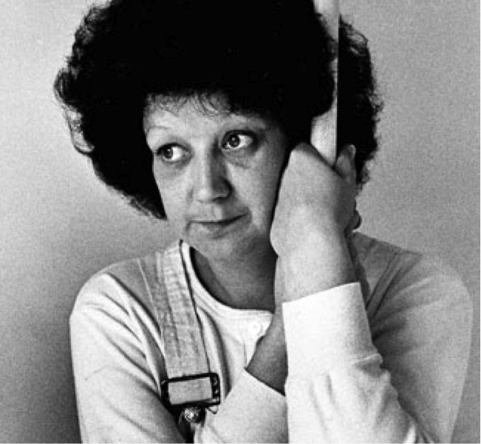 """5 Things You Didn't Know about """"Jane Roe"""" (1) The name """"Jane Roe"""" was created over beer and pizza (2) JR didn't know the meaning of """"abortion."""" (3) JR never appeared in court (4) JR never had an abortion (5) JR became pro-life"""
