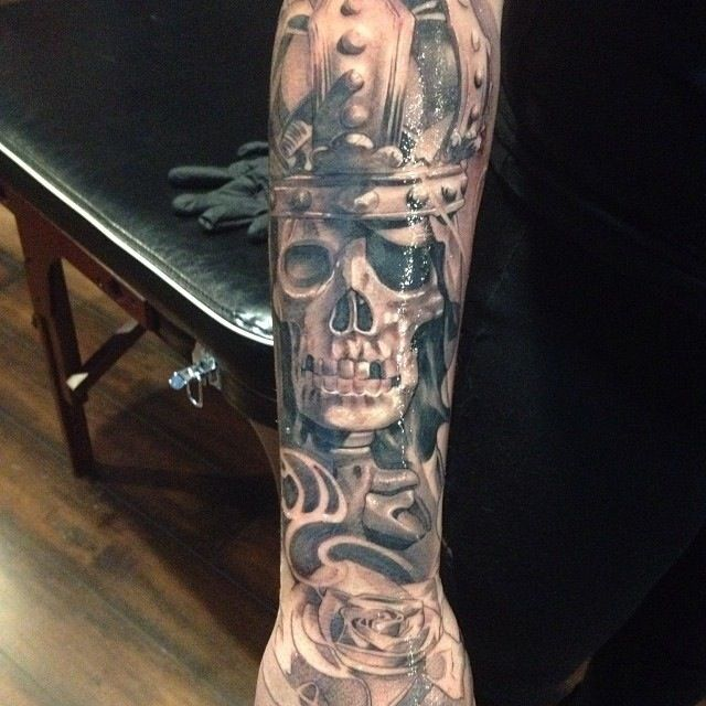 33 best images about tattoo ideas on pinterest skull art ink and clock faces. Black Bedroom Furniture Sets. Home Design Ideas