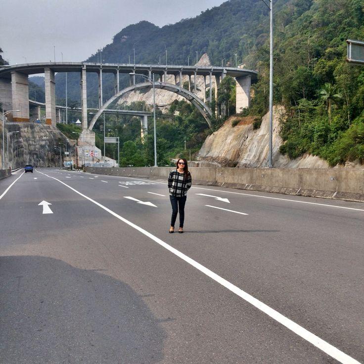 Padang - Indonesia ( Jembatan Kelok 9 )