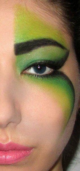 Fantasy makeup http://www.makeupbee.com/look_Fantasy-makeup_5199
