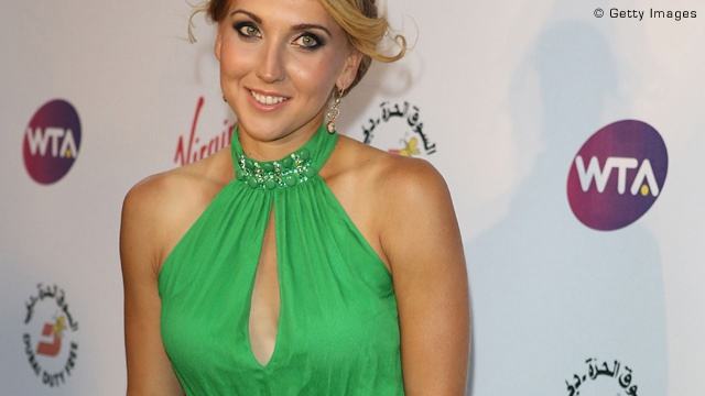 Elena Vesnina - didn't recognize her w/ all the make-up!