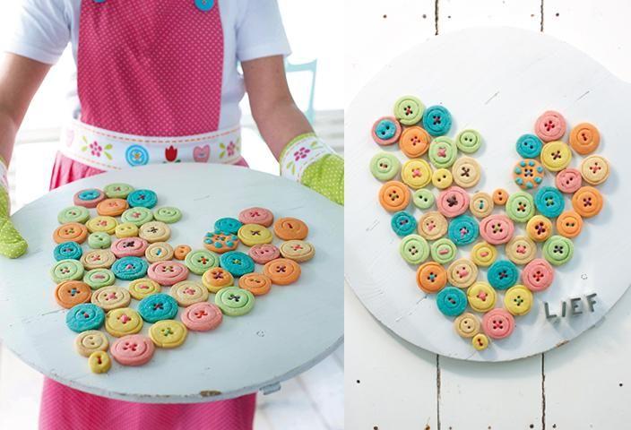 Heerlijke knoopkoekjes, moet je echt proberen! Perfecte do it yourself voor de luie zondag - lief! lifestyl   Delicious button cookies, must taste it! Perfect DIY for a lazy sunday - lief! lifestyle