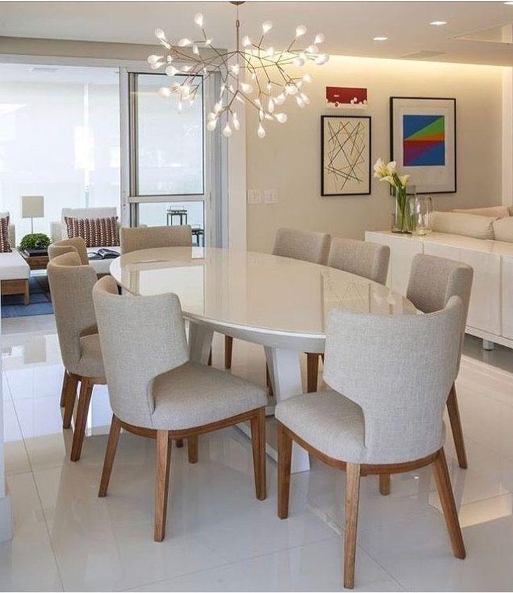 """4,778 curtidas, 47 comentários - Inspiração e decoração (@inspiracaoedecoracao) no Instagram: """"Sala de jantar clean e sofisticada com destaque para o lustre .."""""""