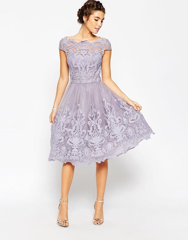 Изображение 4 из Кружевное платье для выпускного с широкой горловиной Chi Chi London Premium