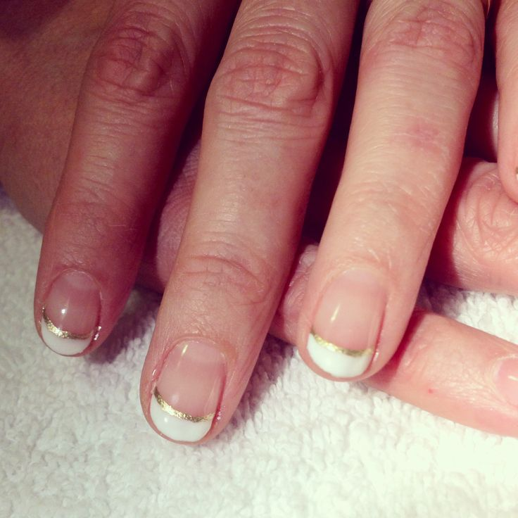 Gold lined French tip, shellac.
