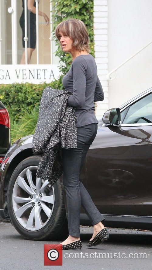 wendie malick | Wendie Malick - Wendie Malick wearing no make-up shopping in Beverly ...
