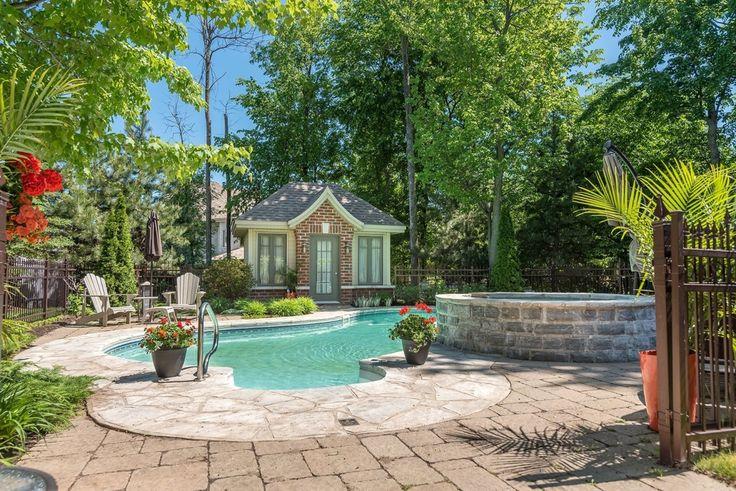 Maison à étages à vendre à Candiac - 20702626 - RE/MAX Collection - PINA…