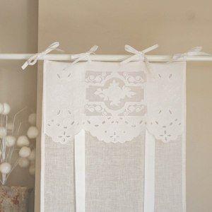 Misez sur des rideaux en lin l esprit romantique pour for Decoration fenetre romantique