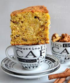 Daca vreti o prajitura buna si rapida , va recomand sa o incercati pe aceasta. Merge facuta si in tava de prajitura, si in forma de ch...