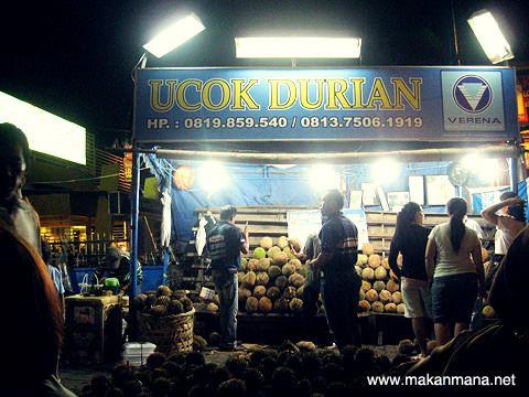 Ucok durian, Medan
