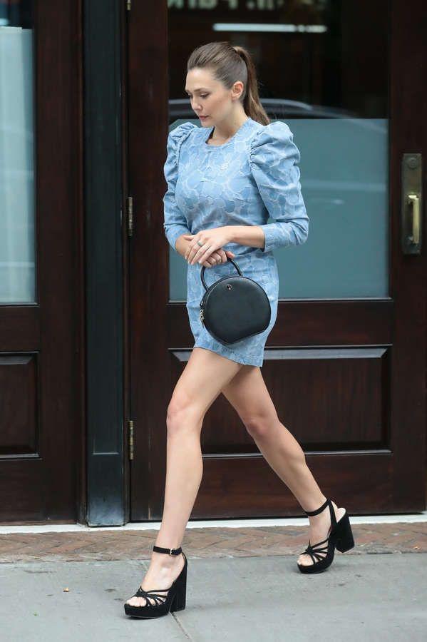 Elizabeth Olsen Feet