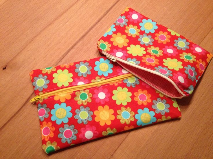 Couple of cute (well I think so) bags I made a while ago!