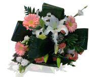 Consigli: come mantenere i fiori per lungo tempo a casa vostra.
