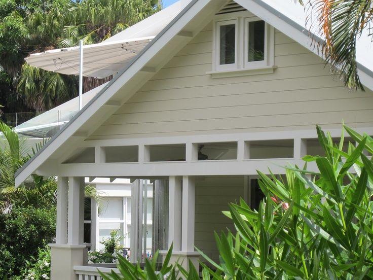 94 best i love weatherboards images on pinterest for Queenslander exterior colour schemes