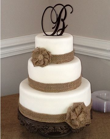 burlap wedding cake decorations best 25 camo wedding cakes ideas on camo 12256