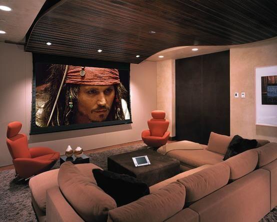 Uma sala para aproveitar um filme em casa. #sala #cinema #sofá #decoração #casa #imóvel