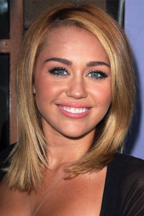 Look coiffure Miley Cyrus Idées coiffures de Stars
