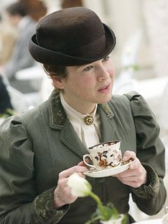 Yet Another Period Drama Blog: Miss Potter (2007) Review