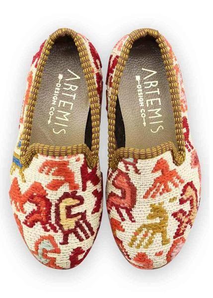 Artemis Design Co. Women's Shoes Carpet Loafers Size 37