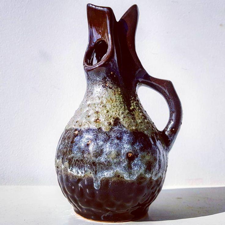 Walter Gerhards gray vase  #walter #gerhards #potteryart #designer #studiart #vintage #modern #midcentury #moderndesign #retro #70s #pottery #ceramic #vase #flowers #wgp #westgermanpottery #fatlava #gray #brown #white #handle #art
