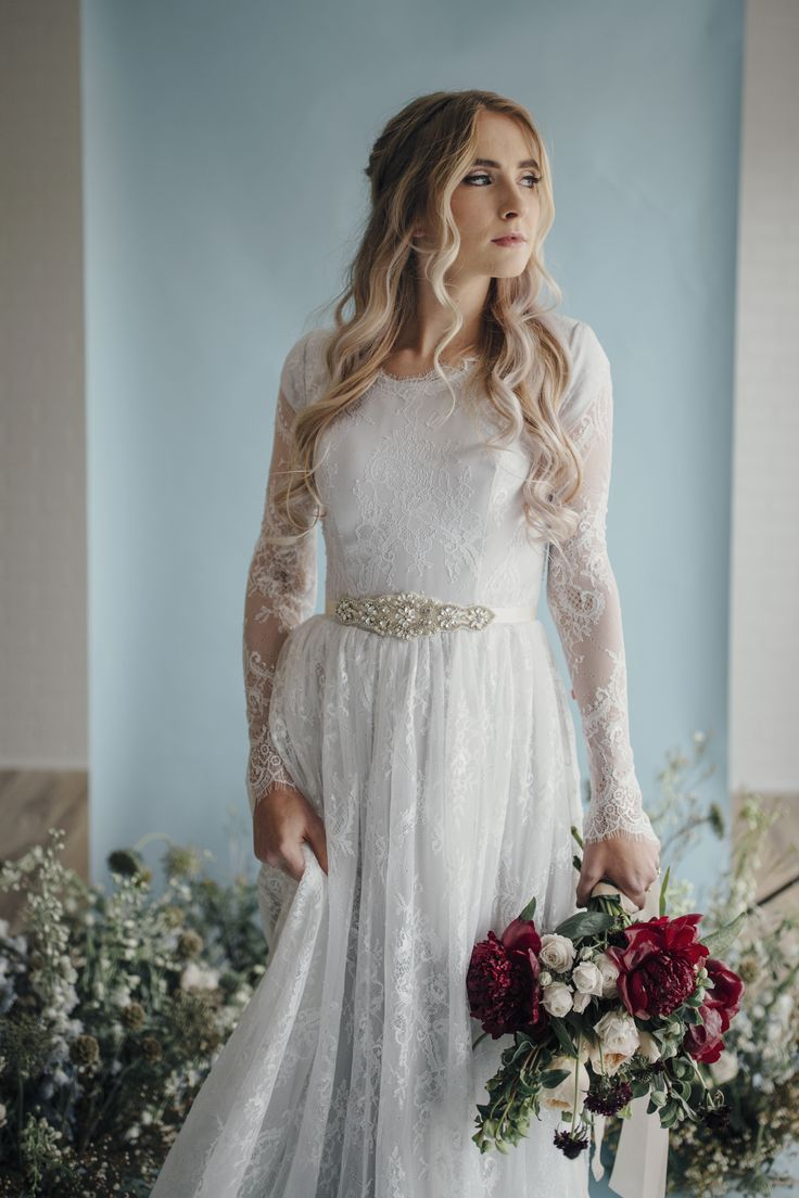 Fern gown by Elizabeth Cooper Design | Photo by Cassandra Farley Photography | modest wedding dress | wedding dress with sleeves | ballgown | aline | sheath | long sleeves | lace wedding dress | wedding gown | lace | grey wedding dress | modest | wedding dress with long sleeves
