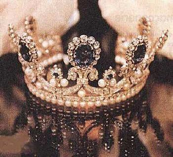 تيجان ملكية  امبراطورية فاخرة B8ecfdcade31139108e23ca386d6ed0c
