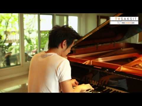 """Angels We Have Heard on High """"Gloria"""" (Instrumental) - ToR+ Saksit's Piano Improvision [HD]"""