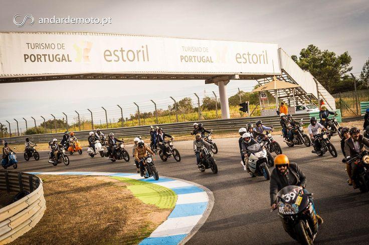 As imagens dos Distintos Cavalheiros Motociclistas no Autódromo do Estoril - um final de dia em grande!