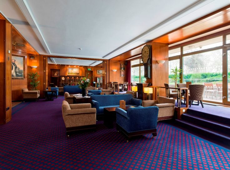 Britannia Bar & Deck: ground floor lounge ideal for canapé receptions or drinks prior to dining. Can accommodate up to 90 people standing and 60 theatre style.