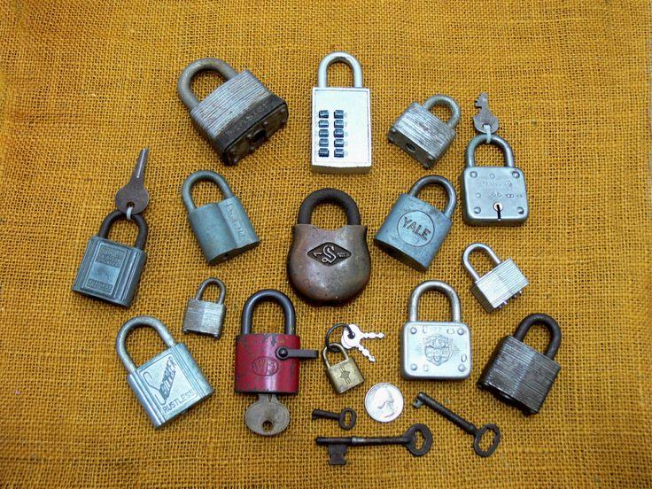 Vintage lock lot-old lock collection-antique skeleton keys-vintage master lock-old slaymaker lock-vintage yale lock-old lock and keys lot by BECKSRELICS on Etsy