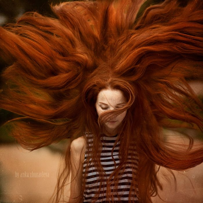 Растрепанные, спутанные и грязные волосенки трактуются в полностью противоположном смысле.
